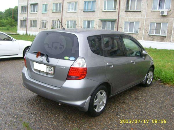 Honda Fit, 2004 год, 237 000 руб.