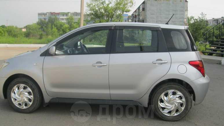 Toyota ist, 2004 год, 250 000 руб.