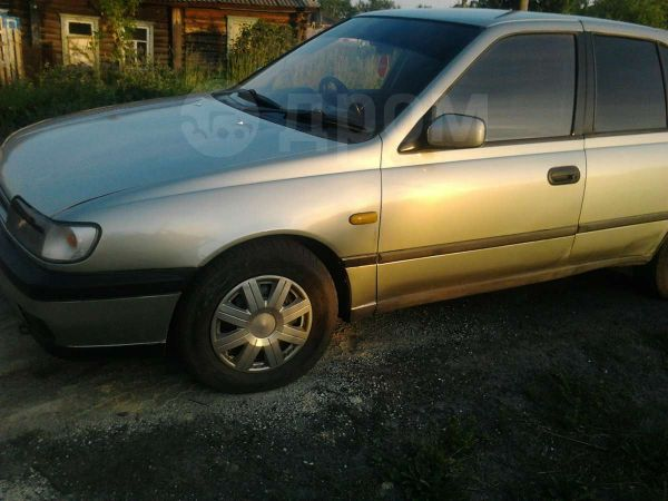Nissan Pulsar, 1992 год, 95 000 руб.