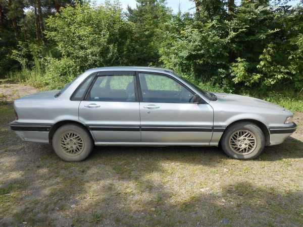 Mitsubishi Galant, 1989 год, 55 000 руб.