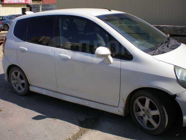Honda Fit, 2001 год, 140 000 руб.