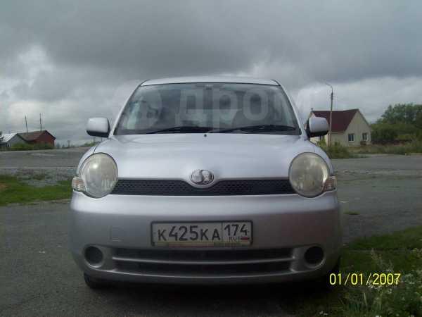 Toyota Sienta, 2003 год, 320 000 руб.