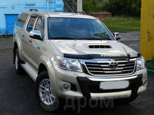 Toyota Hilux Pick Up, 2012 год, 1 450 000 руб.