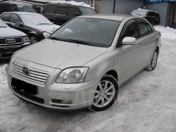 Toyota Avensis, 2004 год, 512 000 руб.
