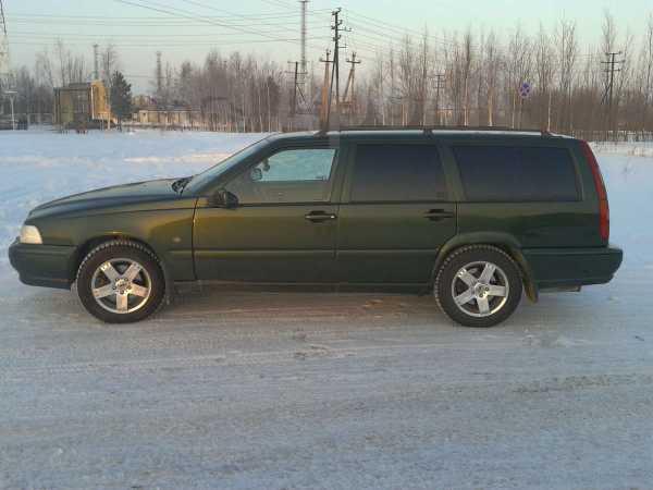 Volvo V70, 1997 год, 310 000 руб.