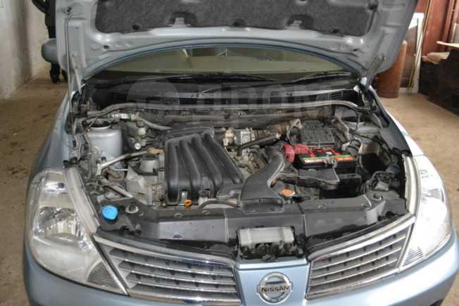Nissan Tiida Latio, 2004 год, 350 000 руб.