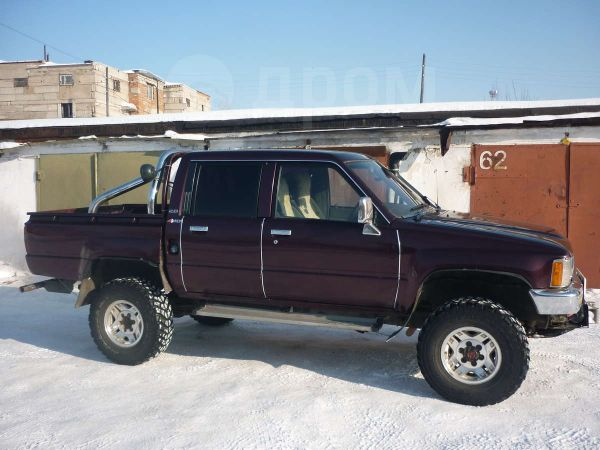 Toyota Hilux Pick Up, 1992 год, 510 000 руб.