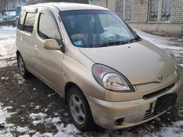 Toyota Funcargo, 2000 год, 235 000 руб.