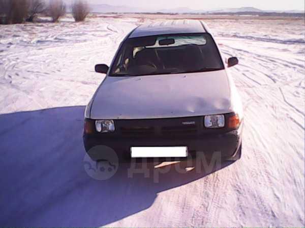 Nissan AD, 1992 год, 80 000 руб.