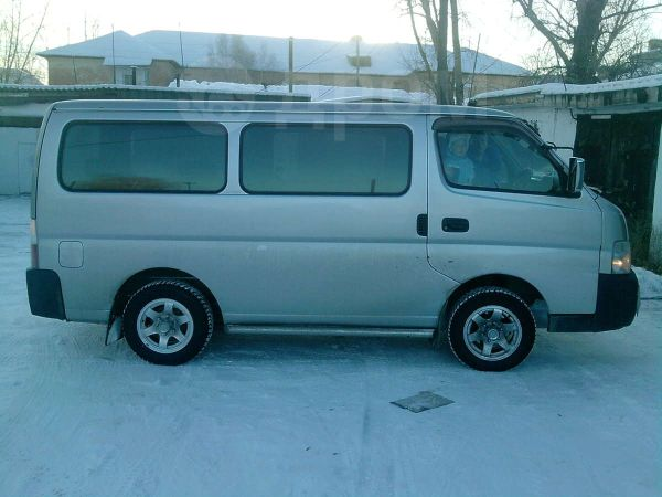 Nissan Caravan, 2001 год, 399 000 руб.