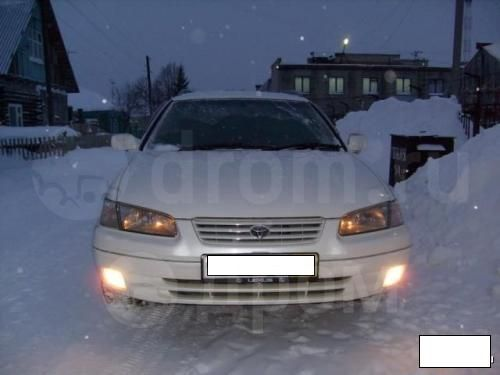 Toyota Camry, 1999 год, 285 000 руб.