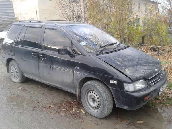 Nissan Prairie, 1992 год, 90 000 руб.