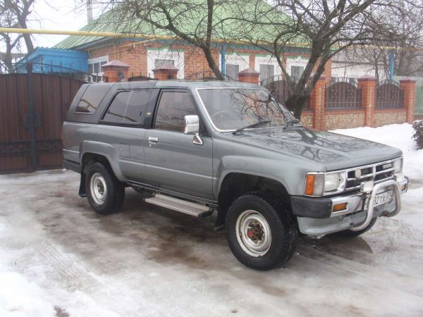 Toyota Hilux Surf, 1988 год, 170 000 руб.