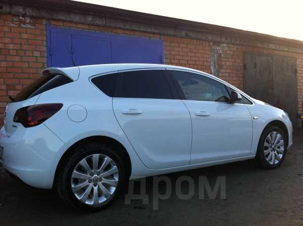 Opel Astra, 2012 год, 690 000 руб.
