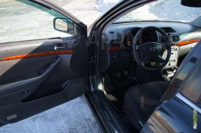 Toyota Avensis, 2003 год, 488 000 руб.