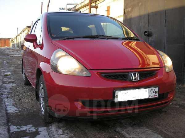 Honda Fit, 2004 год, 240 000 руб.