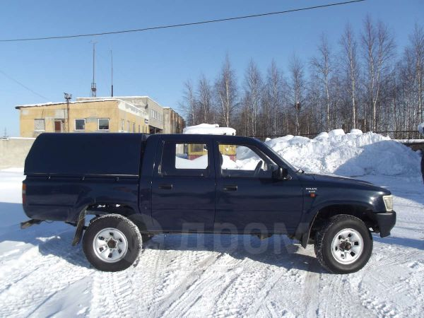 Toyota Hilux Pick Up, 1994 год, 480 000 руб.