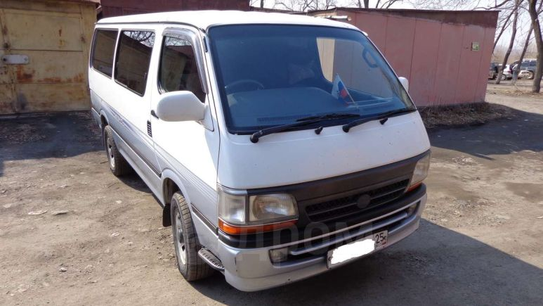 Toyota Hiace, 2001 год, 470 000 руб.