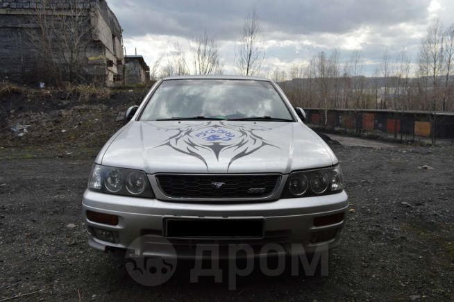 Nissan Bluebird, 1998 год, 100 000 руб.