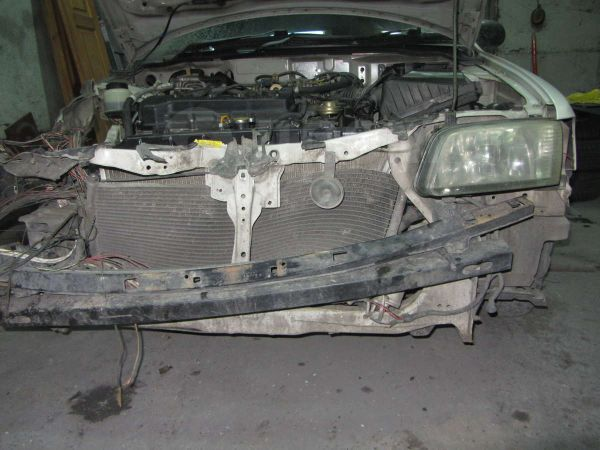 Nissan Sunny, 2000 год, 555 555 руб.