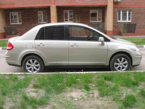 Nissan Tiida, 2008 год, 385 000 руб.