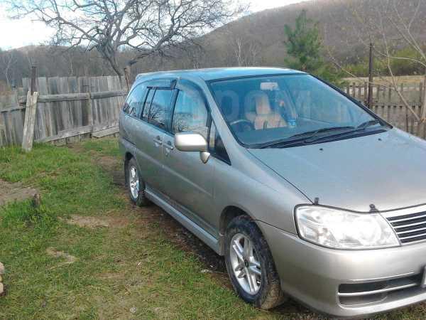 Nissan Prairie, 2002 год, 345 000 руб.