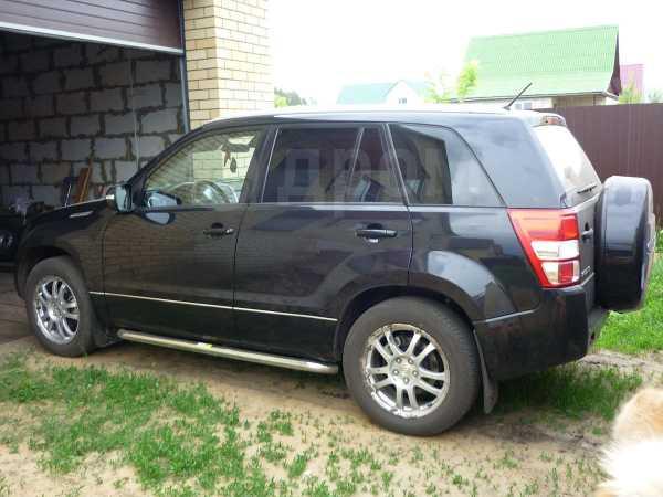Suzuki Grand Vitara, 2011 год, 980 000 руб.
