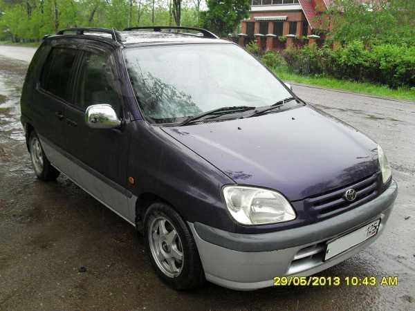 Toyota Raum, 1997 год, 202 000 руб.