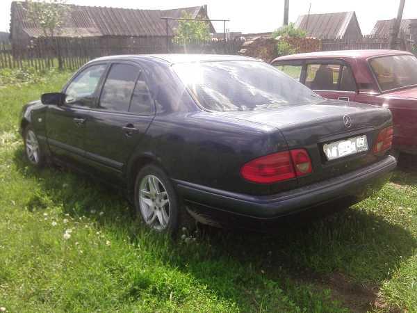 Mercedes-Benz E-Class, 1998 год, 215 000 руб.