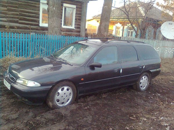 Ford Mondeo, 1996 год, 165 000 руб.