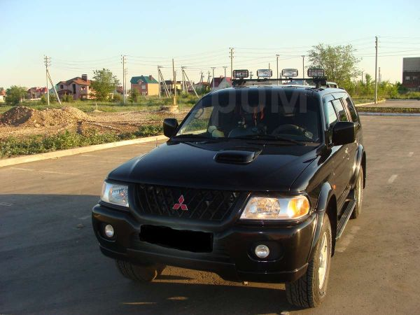 Mitsubishi Pajero Sport, 2000 год, 530 000 руб.