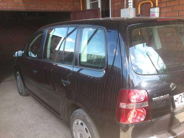 Volkswagen Touran, 2007 год, 600 000 руб.