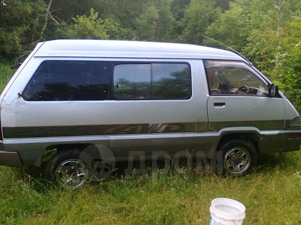 Toyota Master Ace Surf, 1990 год, 110 000 руб.