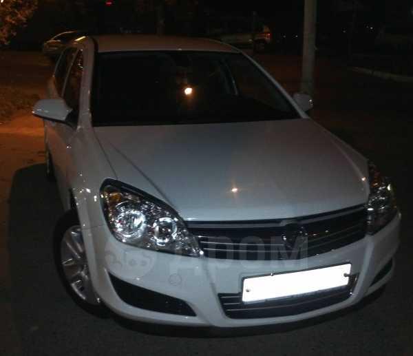 Opel Astra, 2011 год, 515 000 руб.