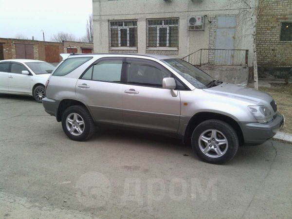 Toyota Harrier, 2000 год, 540 000 руб.