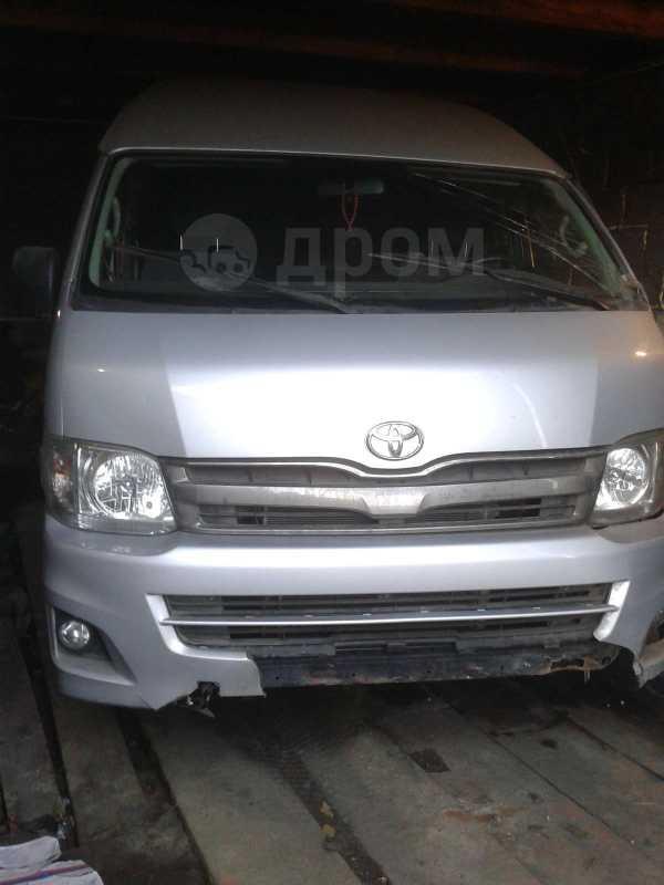 Toyota Hiace, 2010 год, 600 000 руб.