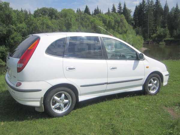 Nissan Tino, 1999 год, 260 000 руб.