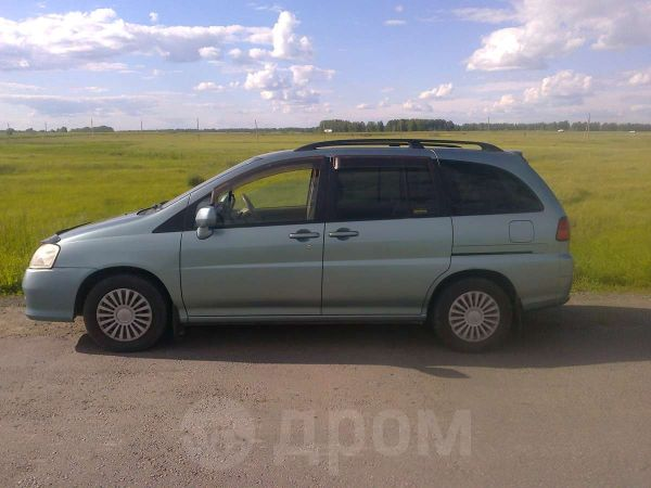 Nissan Liberty, 2002 год, 320 000 руб.