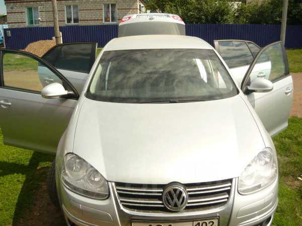 Volkswagen Jetta, 2009 год, 640 000 руб.