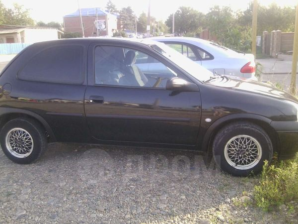 Opel Corsa, 2000 год, 105 000 руб.