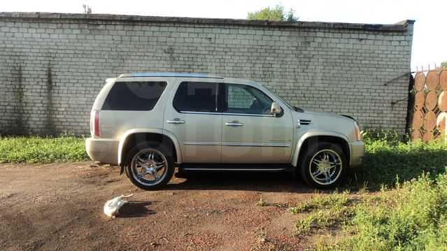 Cadillac Escalade, 2007 год, 2 347 760 руб.