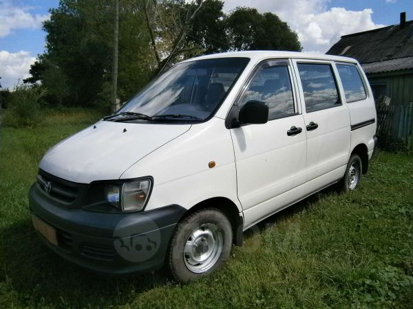Toyota Town Ace, 2001 год, 260 000 руб.