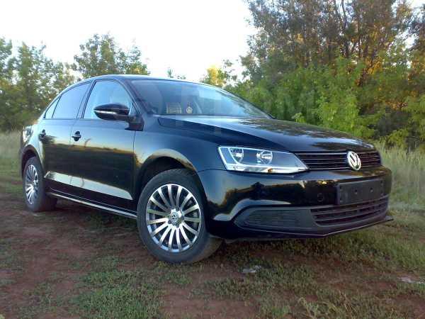 Volkswagen Jetta, 2011 год, 680 000 руб.
