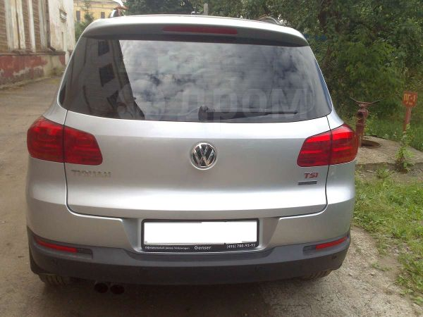 Volkswagen Tiguan, 2012 год, 905 000 руб.