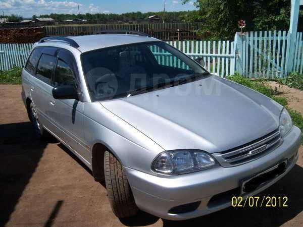 Toyota Caldina, 2001 год, 335 000 руб.