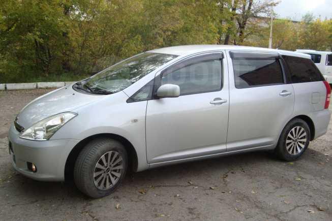 Toyota Wish, 2004 год, 335 000 руб.