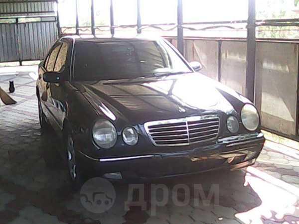 Mercedes-Benz E-Class, 2000 год, 650 000 руб.