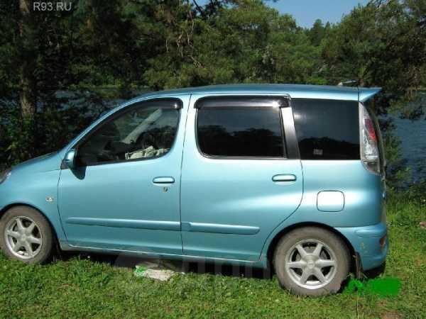 Toyota Funcargo, 2004 год, 280 000 руб.