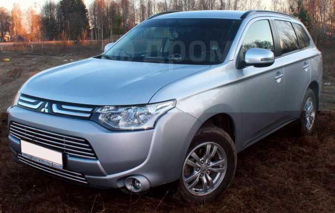 Mitsubishi Outlander, 2012 год, 1 080 000 руб.