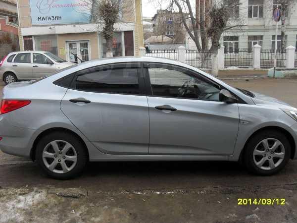 Hyundai Solaris, 2011 год, 499 000 руб.